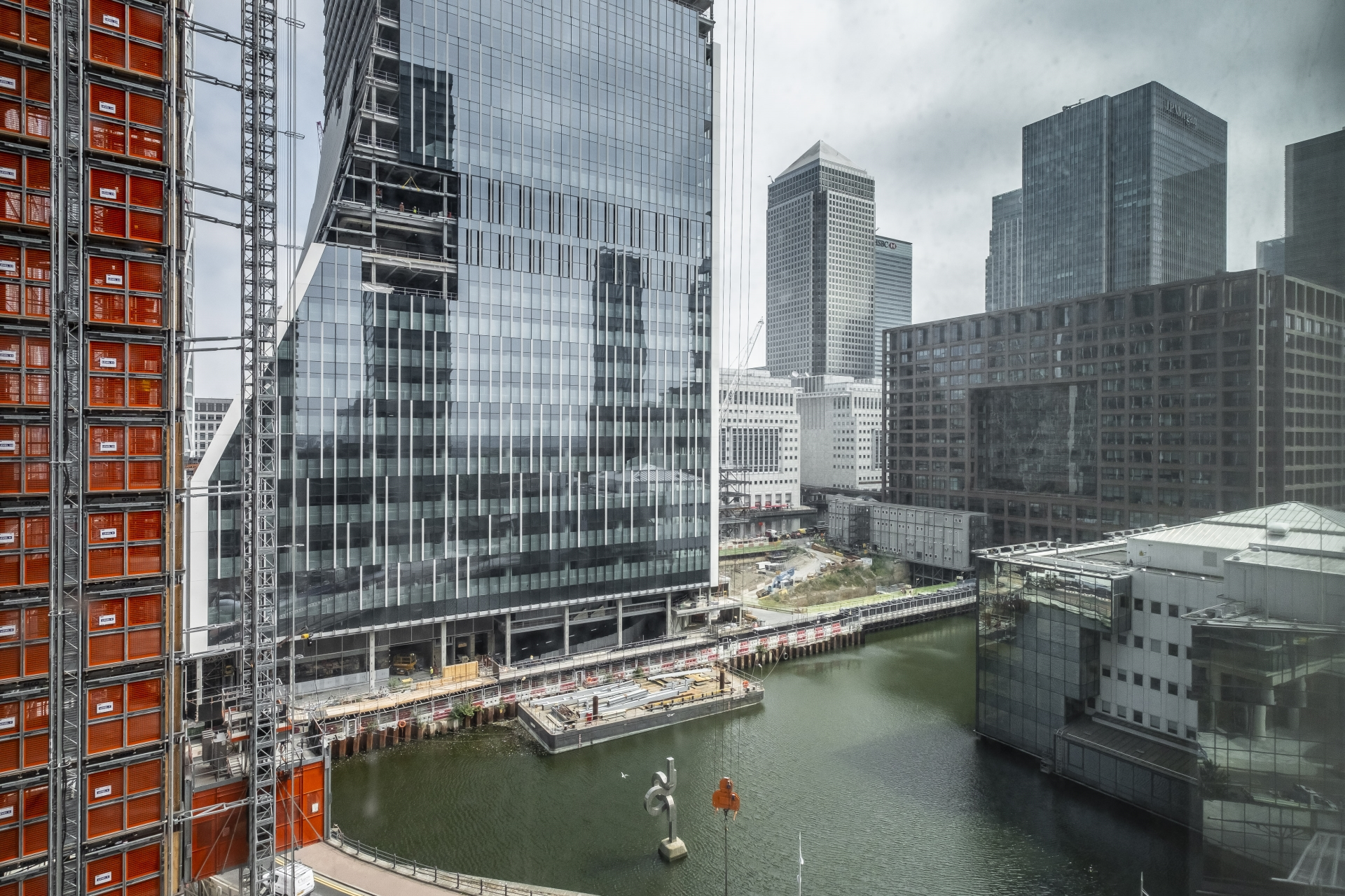 1 Bedroom Apartment to rent on Marsh Wall, Canary Wharf ...