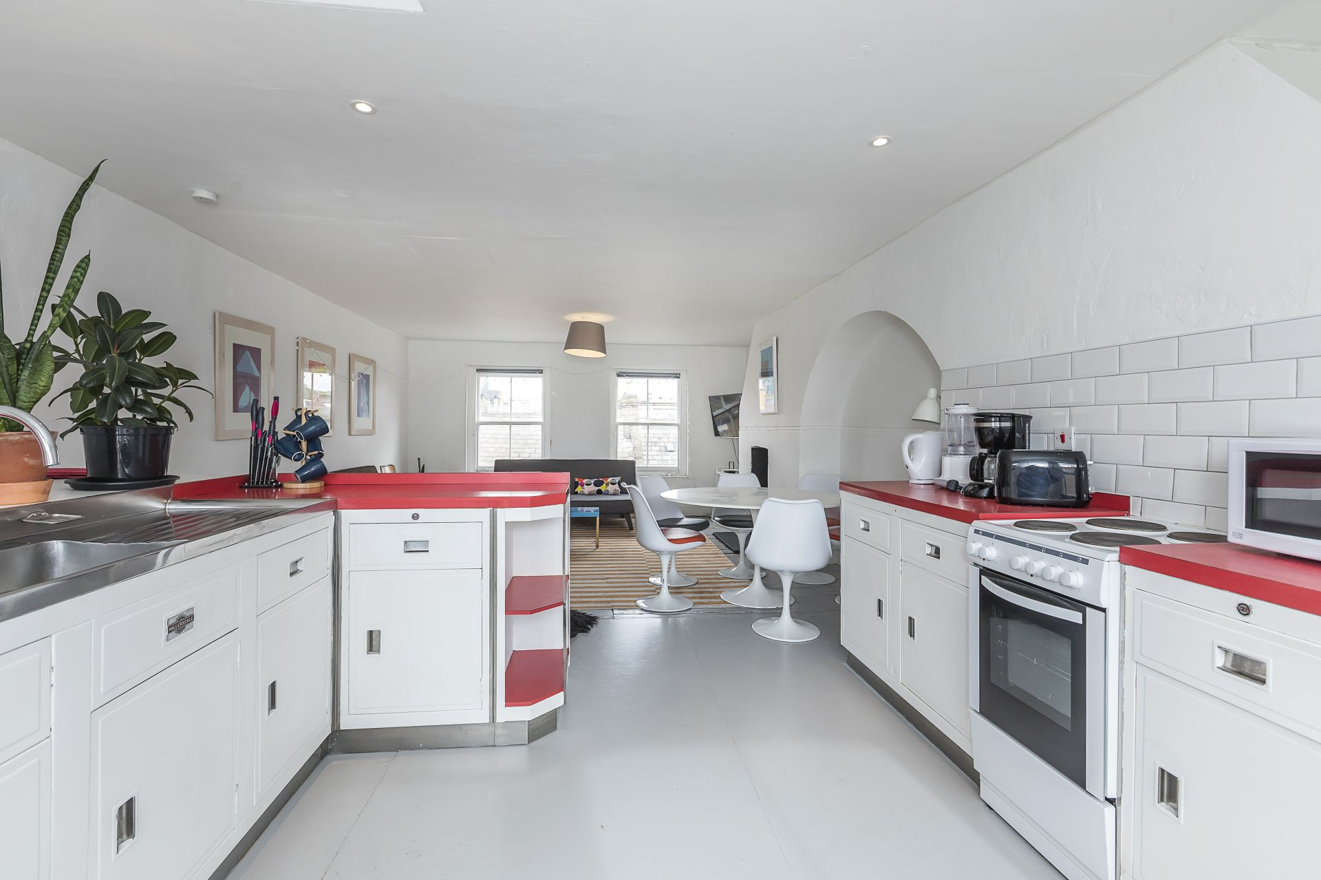4 bedroom  Terraced House to rent in London E1